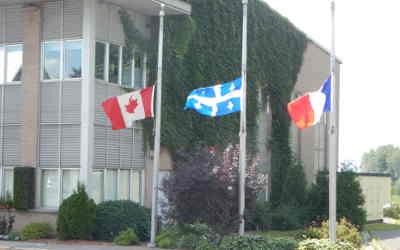 Contrecoeur: mise en berne des drapeaux