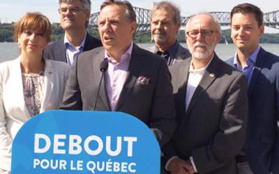 Simon Jolin-Barrette présent pour le coup d'envoi de la tournée Debout pour le Québec