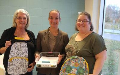 École Mère-Marie-Rose: le Club Optimiste de Contrecoeur remet des articles scolaires