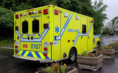 Les pressions du Parti Québécois se traduisent notamment par l'ajout de 7 ambulances en Montérégie