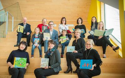 Lire et faire lire: rencontres intergénérationnelles pour développer le goût de la lecture chez les jeunes à Varennnes