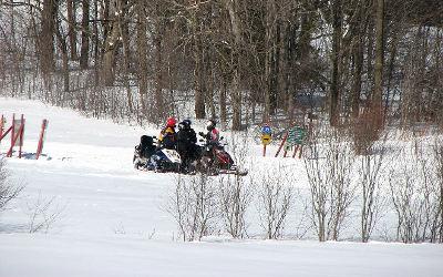 L'hiver arrive et les motoneiges aussi