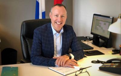 Le député Jean-Bernard Émond annonce la relocalisation de son bureau de circonscription