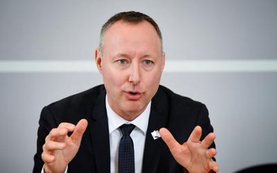 Le député Jean-Bernard Émond soutient les banques alimentaires de la région
