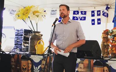 Xavier Barsalou-Duval offrira des trousses de pavoisement pour la Fête nationale du Québec