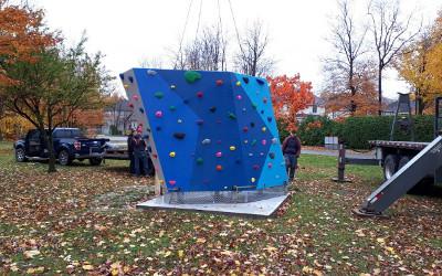 Contrecoeur: nouveau mur d'escalade au parc Antoine-Pécaudy